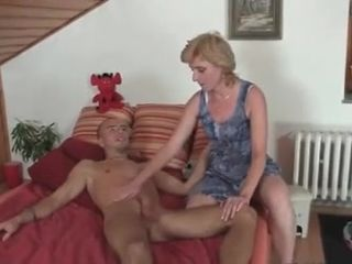 Woman catches guy naked and quickly takes care of his cock