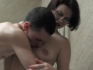 Sexually aroused MILF corrupted stepson into lovemaking