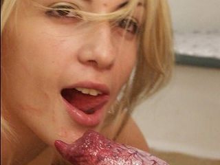 Teen gets licked and fucked at her place